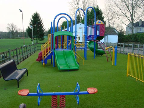 Искусственный газон для детских площадок